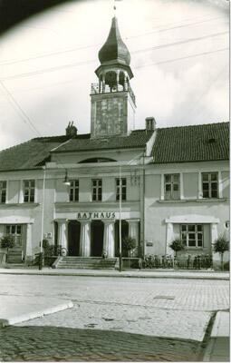 heiligenbeil-rathaus-haupteingang